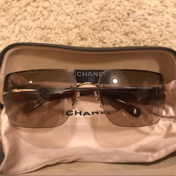 CHANEL Accessories - Vintage Chanel sunglasses